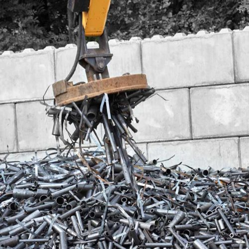 Raccolta ferro | Recupero e Commercio Materiali Ferrosi e non | Reco S.r.l.